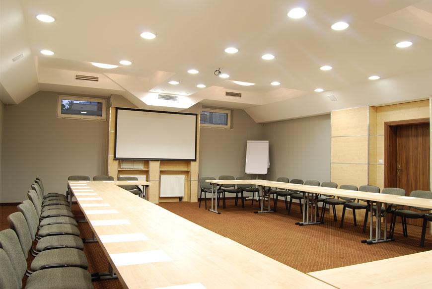 duza sala konferencyjna w Hotelu Trzy Światy w Gliwicach