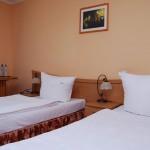 Pokój trzyosobowy w Hotelu Trzy Światy w Gliwicach