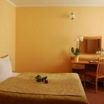 Pokój dwuosobowy double w Hotelu Trzy Światy Gliwice