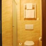 Wygląd łazienki w Hotelu Trzy Światy Gliwice
